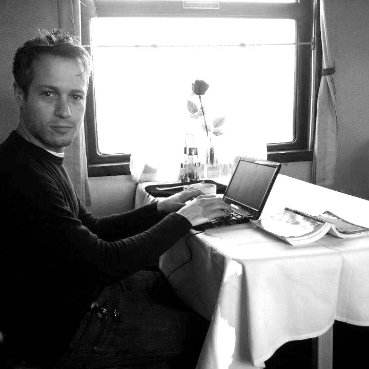 TravelWritingPicB&W